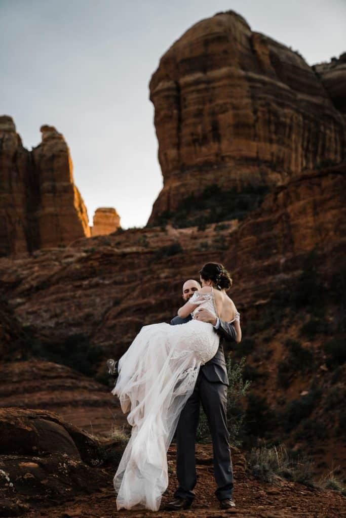 Sedona Arizona wedding at cathedral rock