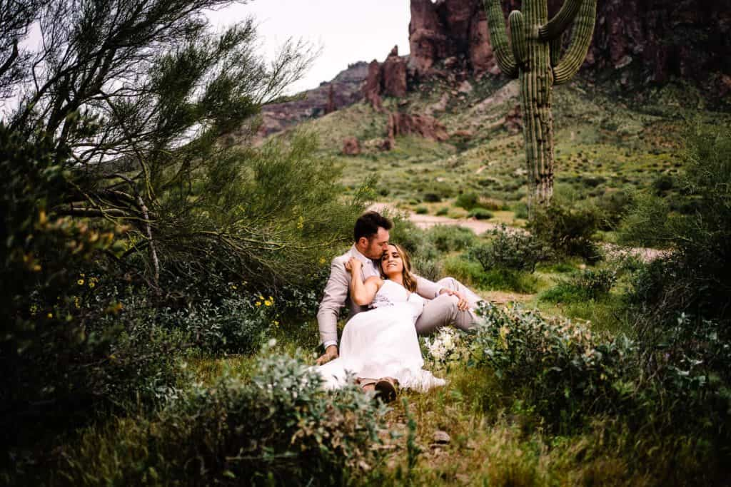 elopement at superstition mountains in Arizona at lost dutchman state park